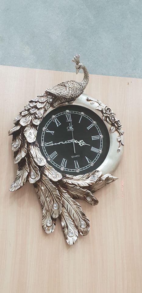 peacock-wall-clock