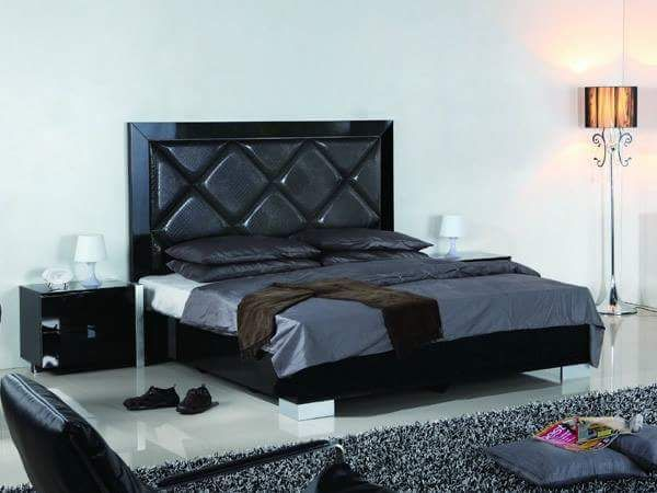 Black color Bed with sides