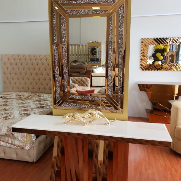Elegant Golden Framed Mirror Console