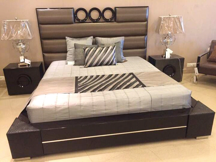 Dark Grey Black Base with Texture Wooden Double Bed