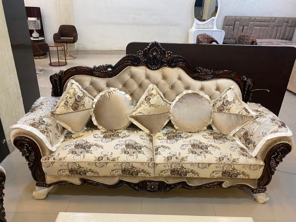 Luxury Dark Wood Goden Beige Print Cushioned Sofa Set
